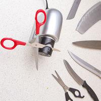 Точилка для ножей и ножниц электрическая.